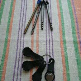 Ключи и брелоки - Ключи от подъездной двери, 0