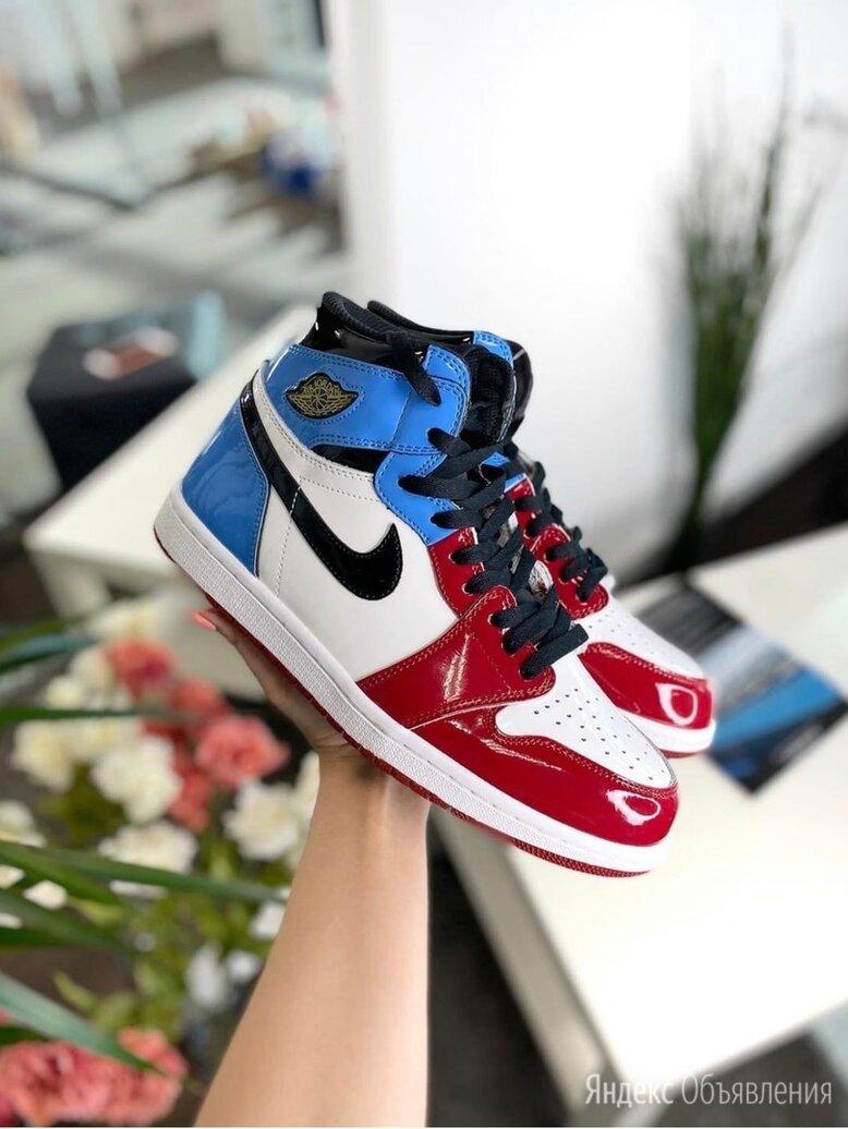 Кроссовки Nike Air Jordan 1 Retro High по цене 4690₽ - Кроссовки и кеды, фото 0