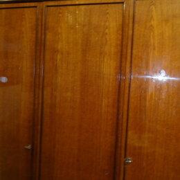 Зеркала -  шкаф 3-х дверный полированный, 0