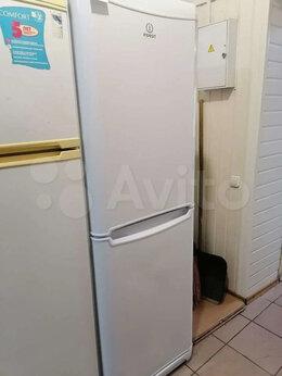 Холодильники - Холодильник Indesit б/м б/у, 0