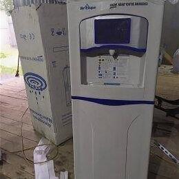 Кулеры для воды и питьевые фонтанчики - Генератор воды(кулер) , 0