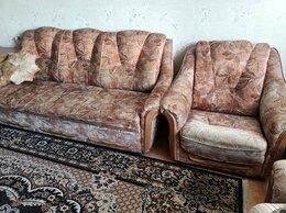 Диваны и кушетки - Диван и кресла, 0