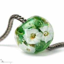 Кулоны и подвески - Кулон шар зеленый с белыми цветами , 0
