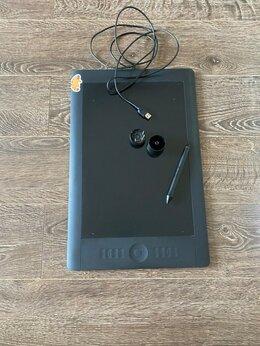 Графические планшеты - Графический планшет Wacom Intuos, 0