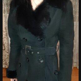 Дубленки - Продам женскую короткую дублёнку BISON, р-р 42, чёрная, торг., 0