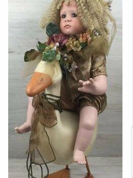 Куклы и пупсы - Фарфоровая кукла и гусь, 0