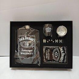 Бутылки - Набор фляжка + пластиковые карты + кубики + стопка, 0