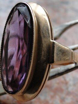 Кольца и перстни - Перстень золотой с александритом., 0