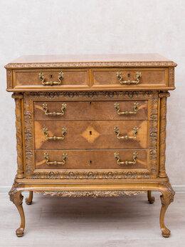 Комоды - Резной комод на подставке в стиле Людовика XV., 0