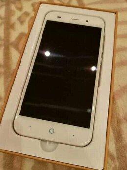 Мобильные телефоны - ZTE Blade X7, 0