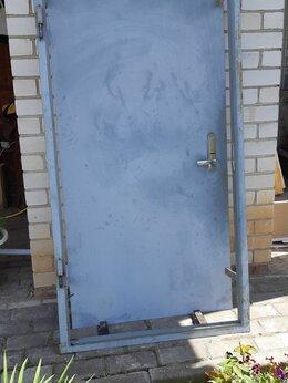 Входные двери - Продам металлическую дверь б/у, 0