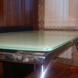 Столы и столики - Стол стеклянный раздвижной цвет нежно зеленный. Можно торговаться, 0