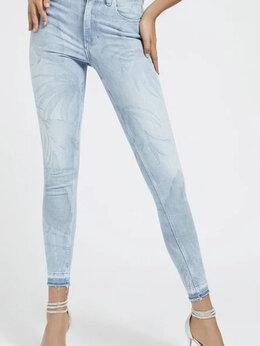 Джинсы - Джинсы-скинни Guess Jeans с принтом, 0