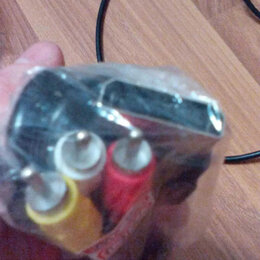 Компьютерные кабели, разъемы, переходники - X-box360 av-кабель новый, 0