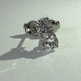 Серьги - Классические серьги-пусеты с бриллиантами из платины, 0