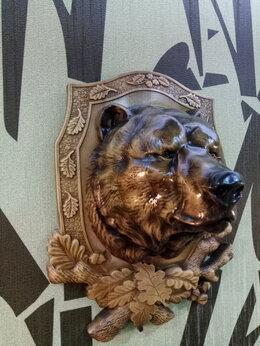 Картины, постеры, гобелены, панно - Трофей, голова медведя в медальоне, 0
