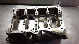 Двигатель и топливная система  - Масляный поддон верхний Toyota Corolla ZZE120, 0
