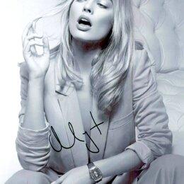 Вещи знаменитостей и автографы - Оригинальный Автограф Margot Robbie ( Марго Элис Робби ), 0