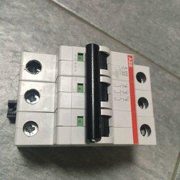 Защитная автоматика - Выключатель автоматический трехполюсный 32А С S203 (S203 C32), 0
