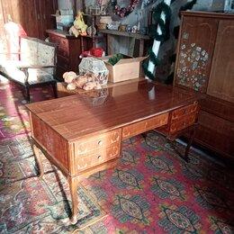 Столы и столики - письменный стол, 0