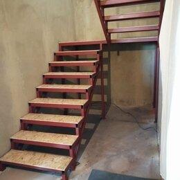 Лестницы и элементы лестниц - Лестница на закрытом металлокаркасе, 0