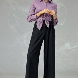 Костюмы - Костюм 589F ANGELINA & COMPANY фиолетовая рубашка, черные брюки Модель: 589F, 0