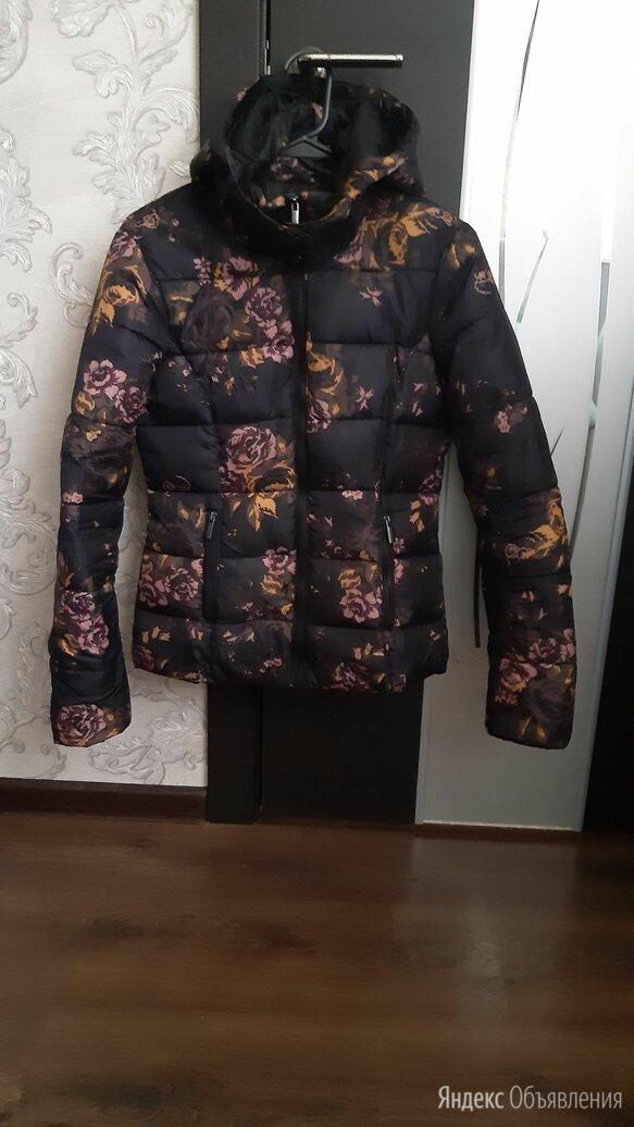 Куртка утепленая для девочки по цене 500₽ - Куртки и пуховики, фото 0