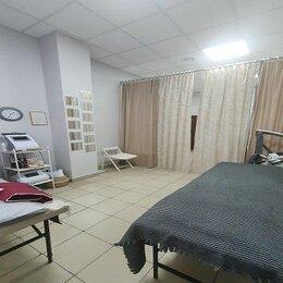 Сфера услуг - Салон-студия аппаратного массажа на 1-ой линии, 0