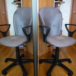 Компьютерные кресла - Кресло офисное Варна новый велюр Плутон 10. серое., 0