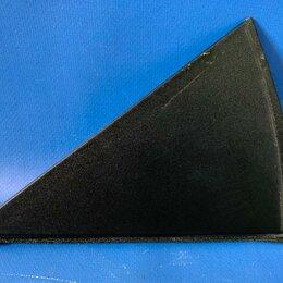 Кузовные запчасти  - Накладка (треугольник) правой задней двери наружная Kia Soul Soul 3, SK3 с 2018-, 0