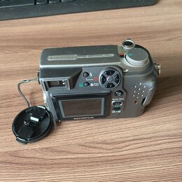 Фотоаппараты - Фотоаппарат Olympus C-4000 (2005) + сумка. 3 карты памяти (128,32 и 16 мб.), 0
