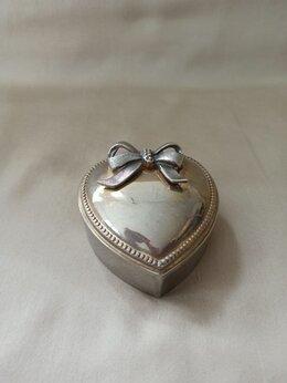 Шкатулки - Шкатулка в форме сердца, 0