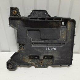 Аккумуляторы и комплектующие - Крепление АКБ Kia Rio СЕДАН 1.6 G4FC 2012, 0