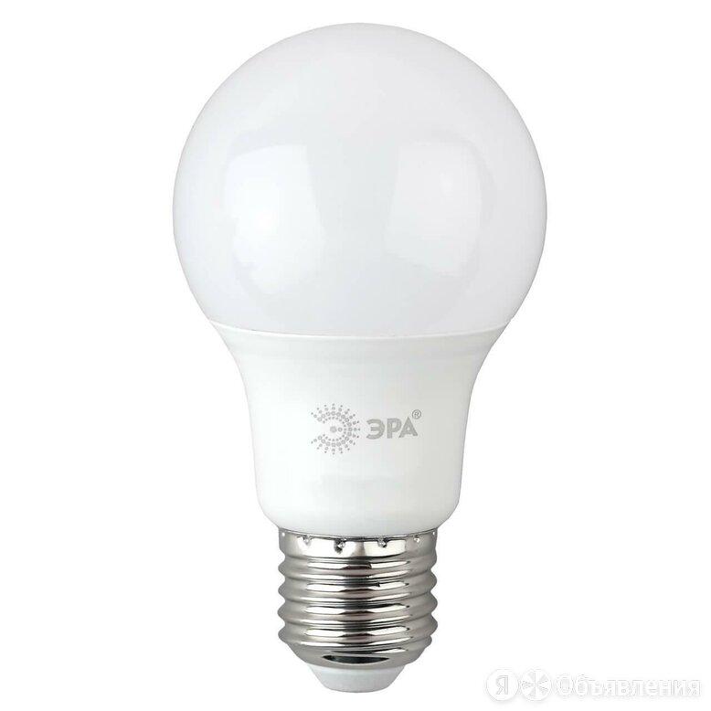 Лампа светодиодная ЭРА E27 12W 6500K матовая A60-12W-865-E27 R Б0045325 по цене 109₽ - Люстры и потолочные светильники, фото 0