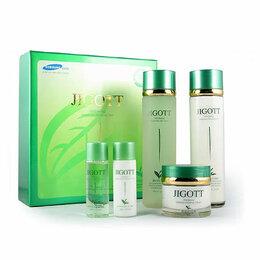 Наборы - Набор для ухода за кожей с экстрактом зеленого чая JIGOTT, 0
