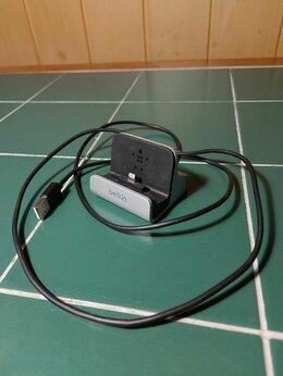 Зарядные устройства и адаптеры - Зарядная станция lightning, 0