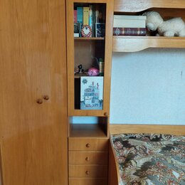 Кровати - Мебель в детскую: шкаф, кровать, книжный шкаф, 0
