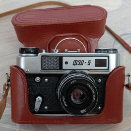 Пленочные фотоаппараты - Фотоаппарат ФЭД 5, 0