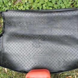 Прочие аксессуары  - Коврик в багажник Ford Escape (2000-2007), 0