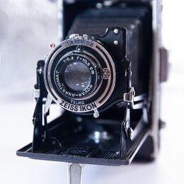 Пленочные фотоаппараты - ZEISS ICON Film, 0