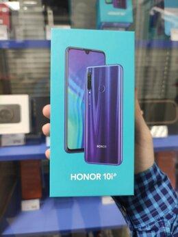 Мобильные телефоны - Honor 10i 128, 0