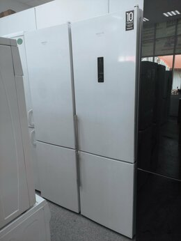 Холодильники - Холодильник Hotpoint-Ariston HFP 7200 WO новый, 0