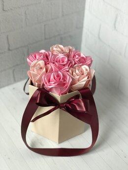 Цветы, букеты, композиции - Розы из атласных лент / атласные розы, 0