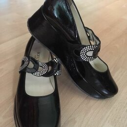 Туфли - Туфли женские  37 размер, черные ,лакированные, на платформе, Италия, 0