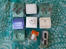 Товары для электромонтажа - Розетки, выключатели, пульт для люстры, 0