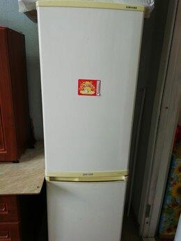 Холодильники - Холодильник Samsung в хорошем состоянии , 0