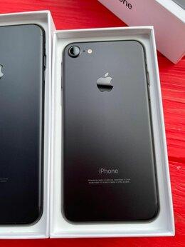 Мобильные телефоны - iPhone 7 32Gb Black matte, 0