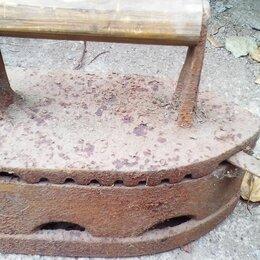 Аксессуары для глажения - Угольный утюг реставрированный, 0