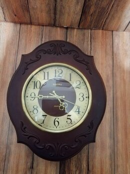 Часы настенные - Часы настенные кварцевые Весна, СССР , 0