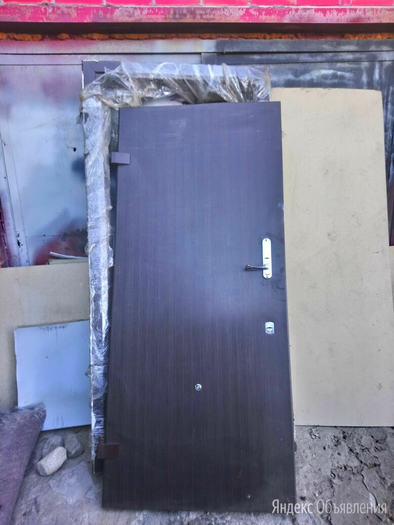 Дверь железная бронированная  по цене 5000₽ - Входные двери, фото 0